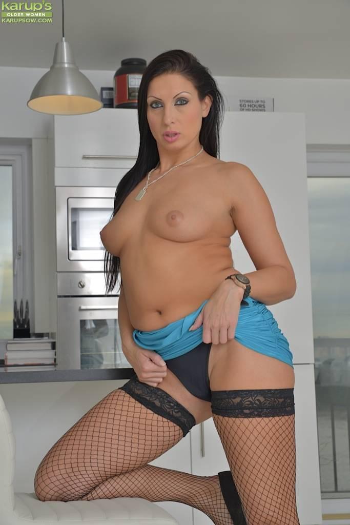 Stunning Milf Nikkitta Naked In Black Fishnets At Karupsow
