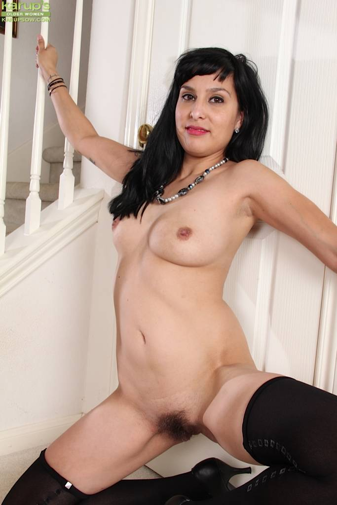 Hairy Milf Penelope Patterson In Only Black Stockings At Karupsow