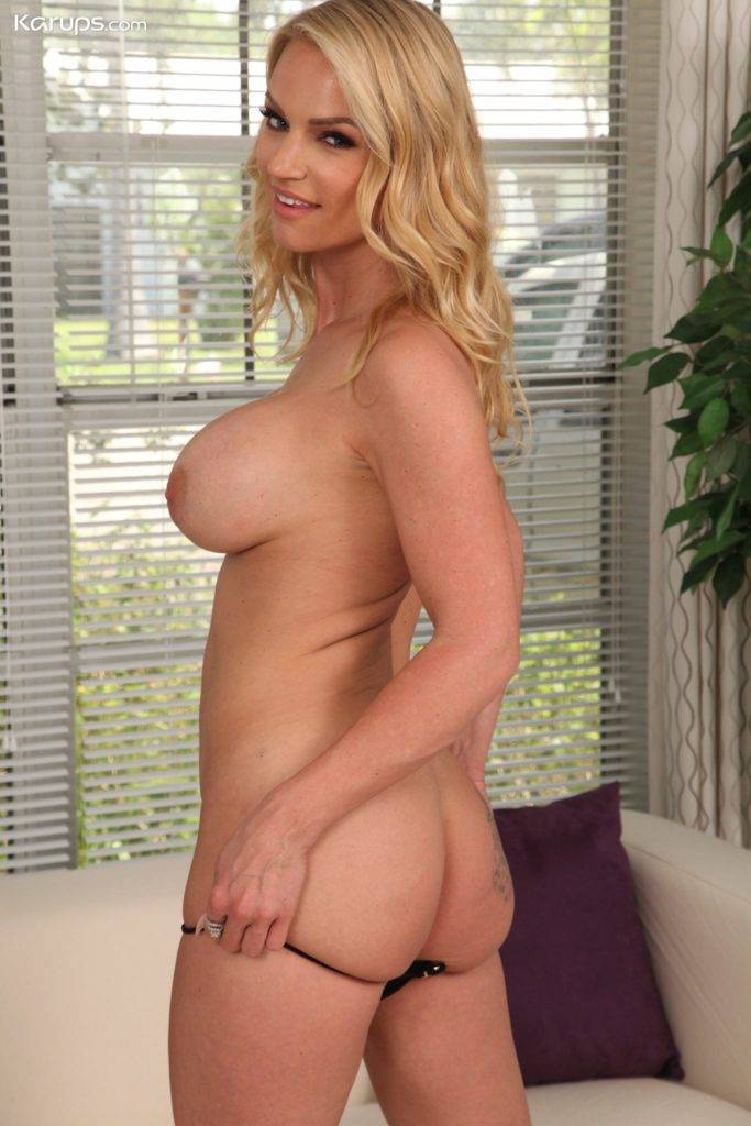 Blonde Milf Goddess Rachael Cavalli Spreads Her Hairy Pussy At Karupsow